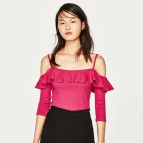 Zara Tops - NWT pink ZARA cold shoulder ruffle top size L /H23